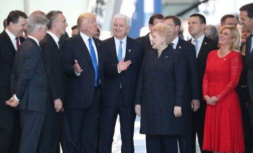 Trampas su NATO sąjungininkais elgėsi kaip su mokinukais