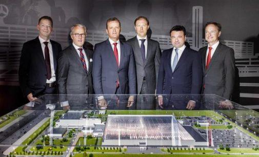 Apeidamas sankcijas Mercedes leidžia šaknis Rusijoje