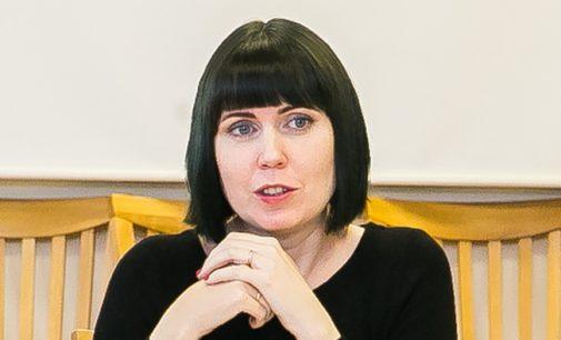 """Dovilė Šakalienė praneša apie """"pagalbos sau gidą, seksualinę prievartą patyrusiems vyrams"""""""