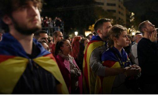 """Katalonijos valdžia paskelbė – nugalėjo """"TAIP"""""""