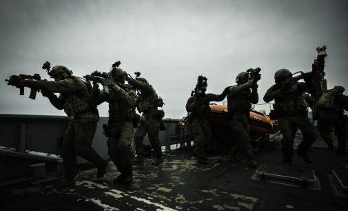 Seimas pritarė Lietuvos kariuomenės skaičiaus ir išlaidų jai didinimui