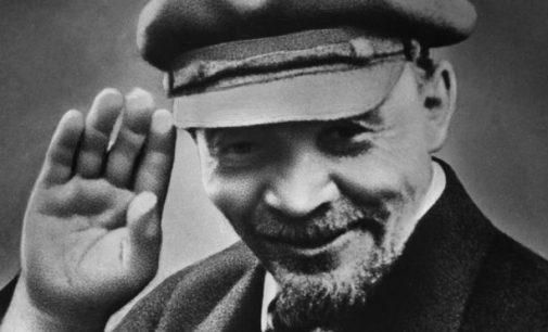 Ar praėjus 100 metų po Rusijos revoliucijos, naujoji XXI a. revoliucija gali pribaigti kapitalizmą?