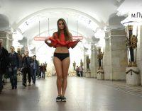 Pakeltas sijonas prieš mačizmą Rusijoje