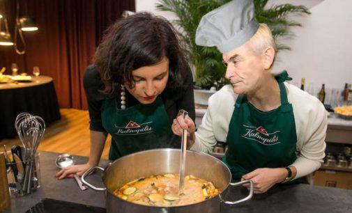 Seimas prisidės prie pagalbos senoliams leisdamas dykai dalinti sriubą savo teritorijoje