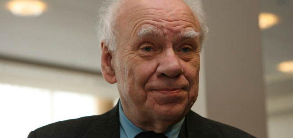 Į socialdemokratų partiją grįžo Nepriklausomybės akto signatarai B. Genzelis ir J. Pangonis
