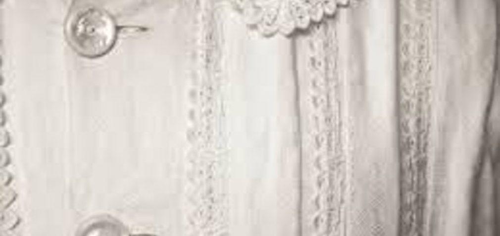 Emily Dikinson suknelė. Annie Leibovitz fotografija. Susan Sontag apie fragmentus