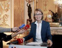 """Prancūzijoje parengtas įstatymas prieš """"melagingas naujienas (fake news)"""