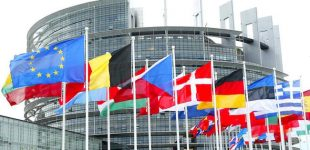 Startavo rinkimai į Europos Parlamentą: kokių rezultatų laukiama?