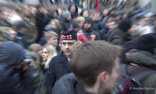"""Mitingas """"Mes kaltiname"""", Nepriklausomybės aikštėje prie Seimo – """"A.Tapino ir Co šou"""" (Video)"""