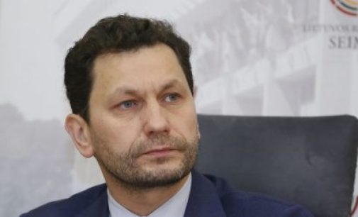 """""""Karščiai verčia mąstyti, ar išgyvensime iki 2030 metų"""", – sako Seimo narys Robertas Šarknickas"""