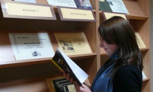 Informacijos nešėjų dvikova: Kas nugalės, – knyga ar technologijos?