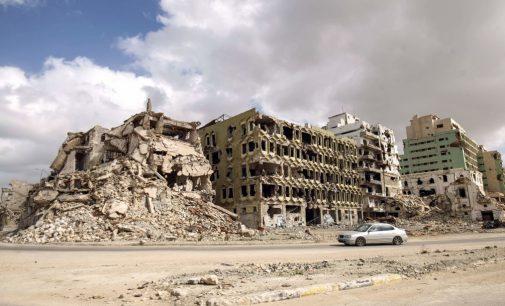"""Faktai ir """"nefaktai"""" apie Libiją"""