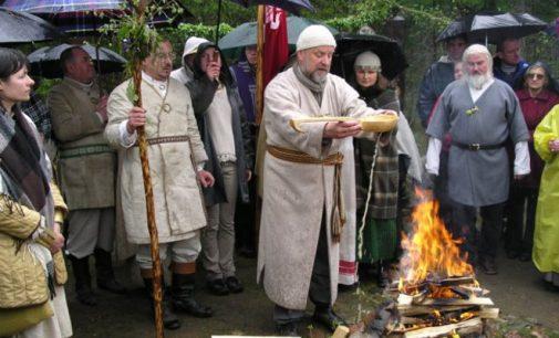 """Valstybė pripažins senovės baltų religinę bendruomenę """"Romuva"""""""