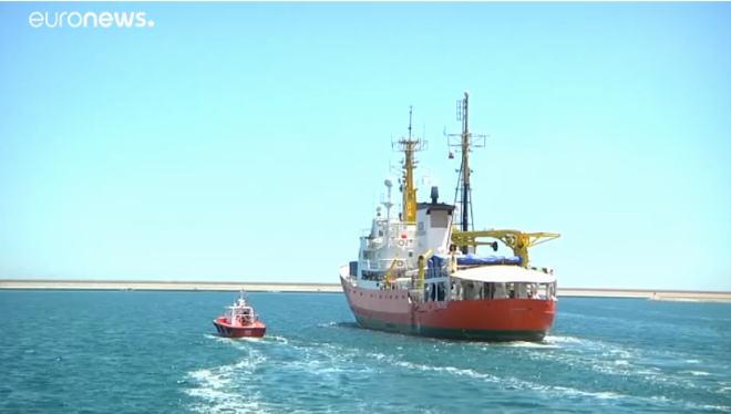 Aquarius ieško nelegalių migrantų Europai