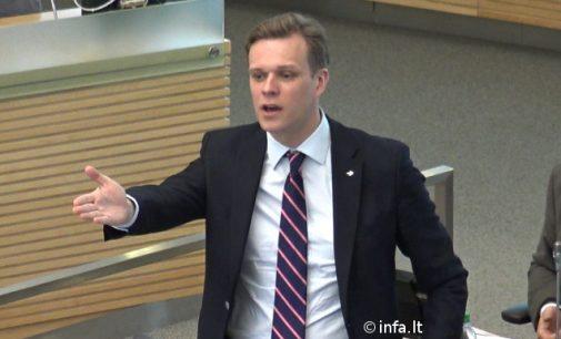 Gabrielius Landsbergis prieštarauja tvarkai, kurią nori finansų sektoriuje įvesti Stasys Jakeliūnas