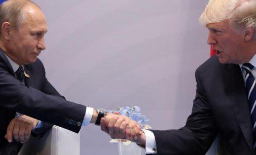 Donaldas Trampas neatmetė galimybės, jog gali pripažinti Krymą Rusijai