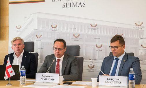 Konservatoriai ragina ministrą L. Linkevičių imtis veiksmų dėl sankcijų Rusijai