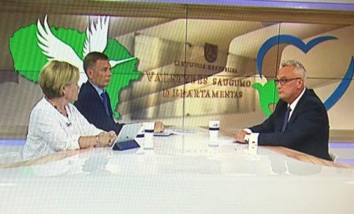 R. Juknevičienė pasijutusi įžeista po LRT laidos nutarė atkeršyti M. Puidokui, viešai apkaltindama korupcija jo tėvą