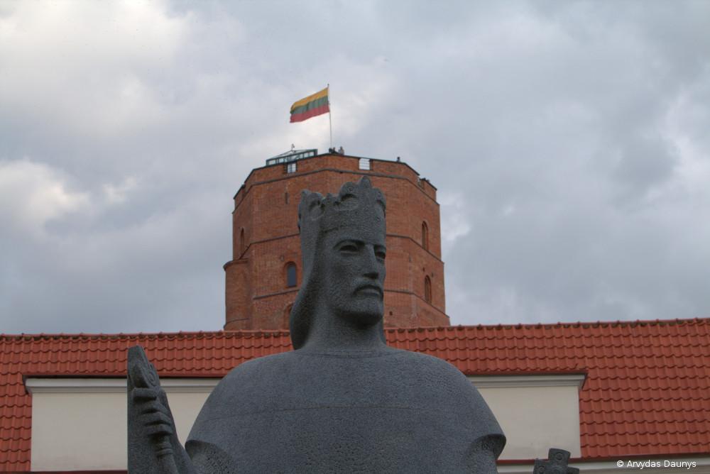 Gedimino pilis ir paminklas Mindaugui