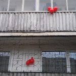 Balionai balkonuose