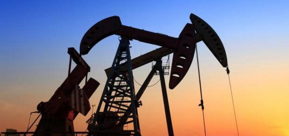 Pasiimkite savo naftą – mes jums dar primokėsime: WTI naftos kaina smuko žemiau nulio