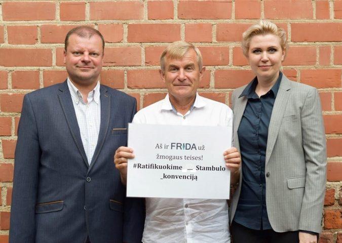 Už Stambulo konvencijos ratifikavimą kartu su FRIDA. Vilniaus moterų namų nuotr.