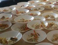 Moksleiviai išbandė naujuosius restoranų virėjų ir konditerių asociacijos parengtus valgiaraščius