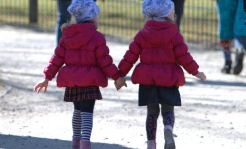 """""""Ar pasirengta įgyvendinti vaiko teisių apsaugos įstatymą?"""", – klausia socialdemokratai L. Kukuraičio"""