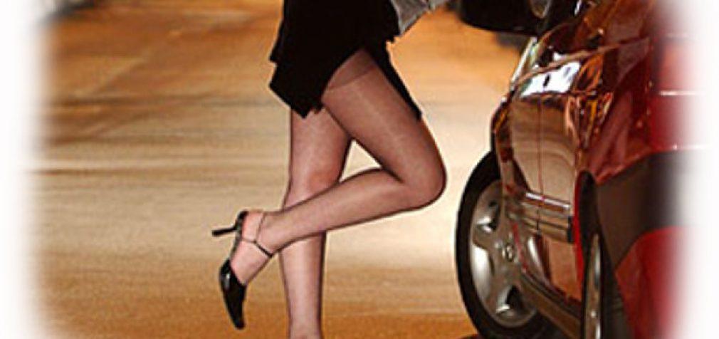 Pažinčių papildiniai Tinder ir Grindr tapo naujais prostitucijos reklamos židiniais