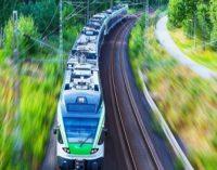"""Žemės sklypų, per kuriuos bus tiesiama """"Rail Baltica"""" vėžė, savininkai kviečiami pasirašyti žemės paėmimo aktus"""