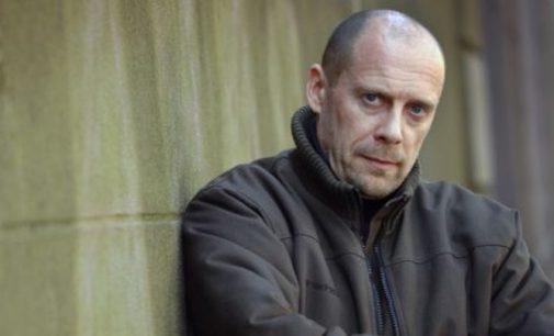 Neigęs holokaustą rašytojas nuteistas metams kalėjimo už antisemitizmą