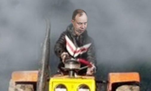 Liberalai siekia iš vyriausybės atimti ir grąžinti Seimui neribotos valdžios vairą
