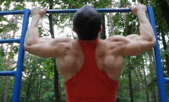 Prisitraukimai ant skersinio – kiek pakartojimų, kas kiek dienų ir kokie būdai nugaros raumenų vystymui