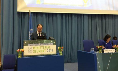 A. Veryga pasisako už mirties bausmės panaikinimą pasaulyje net dėl su narkotikais susijusių nusikaltimų