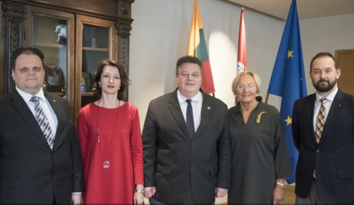 L. LInkevičius ir PLB atstovai