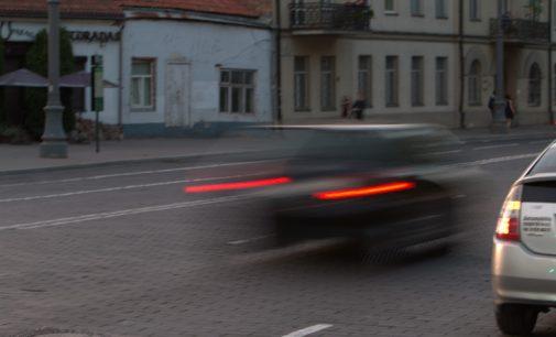 """""""Automobilių taršos mokesčiui dar ne laikas"""", – teigia valstietis Robertas Šarknickas"""