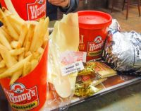 Kaip priversti jūsų paauglį-maištininką atsisakyti greito maisto