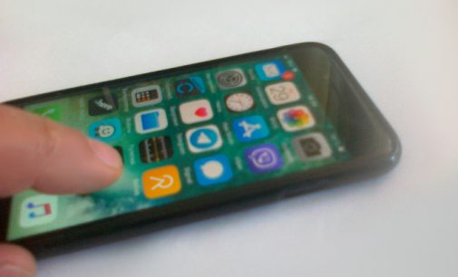 Sendinančios naudotojų atvaizdus programos FaceApp kūrėjas atsakė į kritiką iš JAV