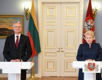Dalia Grybauskaitė aptarė pareigų ir darbų perdavimą su išrinktuoju prezidentu Gitanu Nausėda