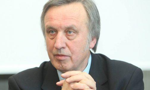 """Prof. P. Gylys kandidatui S. Skverneliui: """"Ar jūs gebėsite valdyti šalį, jei nevaldote net situacijos ministrų kabinete?"""""""