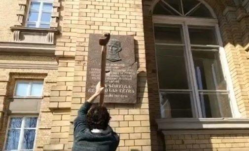 Dėl pasikartojančių vandalizmo išpuolių prieš istorinius ir religinius paminklus Vilniaus mieste kreiptasi į merą