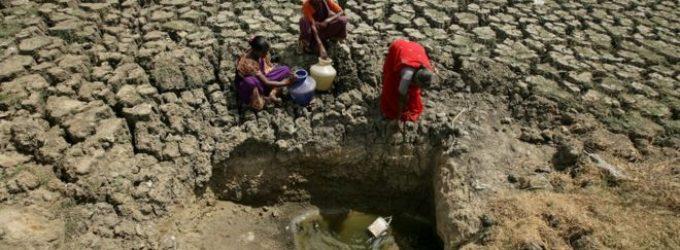 Indijos didmiestyje su 9 milijonais gyventojų baigiasi vanduo
