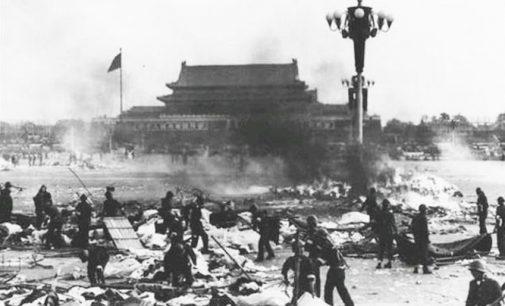 Kinija: protestų numalšinimas Tiananmenio aikštėje buvo teisingas sprendimas
