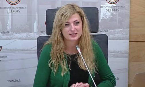 Seimo konservatorė A.Gedvilienė aiškinasi, kiek mokesčių mokėtojams papildomai kainuoja A. Širinskienės veiksmai