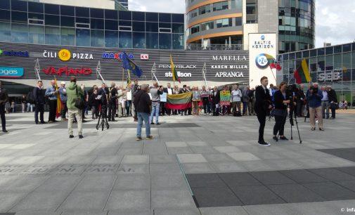 Vilniaus taryba svarsto klausimą K Škirpos alėją pervadinti į Trispalvės – dalis visuomenės tam prieštarauja