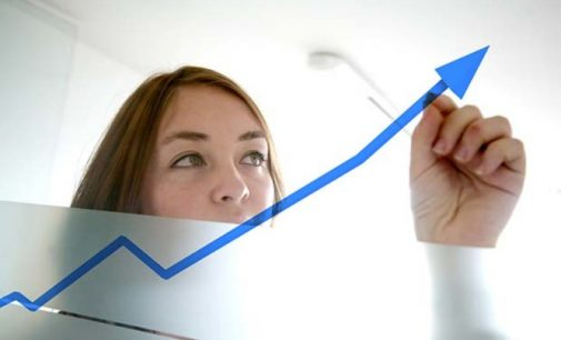 Moterų skaičiaus kompanijų vadovybėje augimas veda link pelno mažėjimo 12 proc. Nes jos mažiau rizikuoja, teigia tyrimas