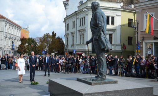 Prezidentas pagerbė Tautos patriarchą dr. J. Basanavičių