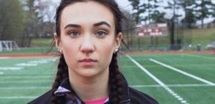 Sportininkė skundžia tvarką, pagal kurią turi varžytis su mergaitėmis save laikančiais berniukais
