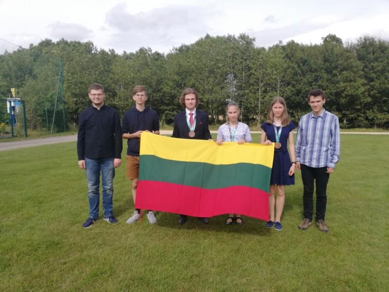 Tarptautinės olimpiados prizininkai - lietuviai moksleiviai