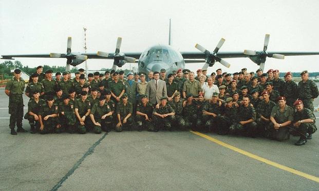 Pirmasis Lietuvos karių būrys i6vykstantis į Kroatiją 1994 m. rugpjūčio 22 d.